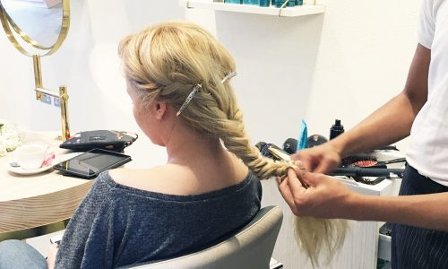 How to: Create a Fishtail Braid!