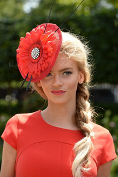 Ascot braid with Hat