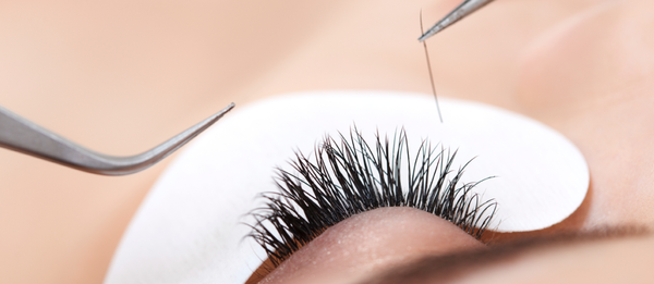 d39d5fd1ca6 The pros and cons of eyelash extensions